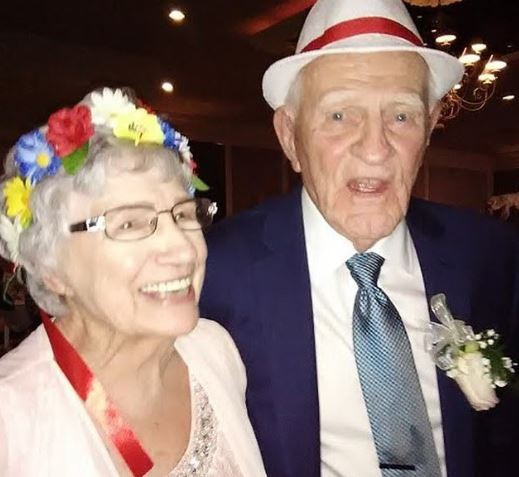 93-YEAR-OLD WOMAN MARRIES HER 86-YEAR-OLD LOVER IN US