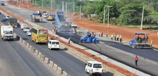 RECONSTRUCTION WORK TO COMMENCE ON PORTIONS OF THE LAGOS-IBADAN EXPRESSWAY FROM SEPTEMBER 2ND.- FG