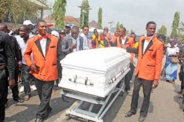 MOUNT ZION PASTOR DIES WHILE CONDUCTING FUNERAL SERVICE