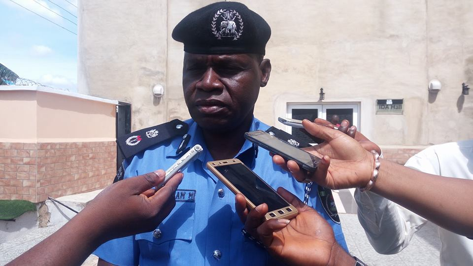 POLICE ARREST SOLDIERS FOR KIDNAPPING