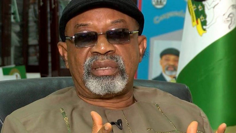 FG MEETS WITH ELECTRICITY WORKERS TO AVERT STRIKE