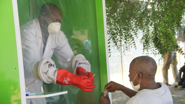 CORONAVIRUS CASES JUMP TO 9,302 WITH 387 NEW CASES IN NIGERIA