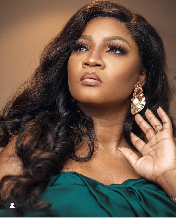 OMOTOLA'S RETURN TO MUSIC WILL BE DISASTROUS, NIGERIANS MOCK