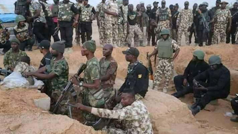THE STORY BEHIND CRYING NIGERIAN SOLDIERS WHO RAINED CURSES ON BURATAI FROM THE BATTLEFIELD