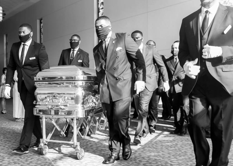 GEORGE FLOYD  LAID NEXT TO HIS MOM AS HIS FINAL FUNERAL SERVICE IN HOUSTON BEGINS (PHOTOS)