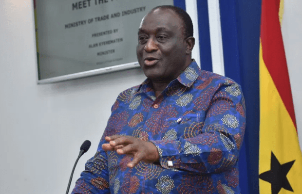 WHY WE LOCKED UP SHOPS OF SOME NIGERIAN TRADERS – GHANAIAN AUTHORITIES