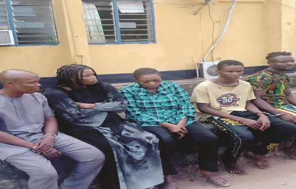 CHILD-STEALING SYNDICATE THAT LURES CHILDREN USING BISCUITS AND SWEETS SMASHED IN IMO AND ENUGU