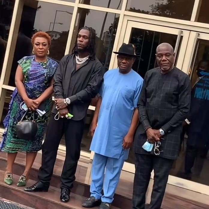 BURNA BOY RECEIVES ROUSING WELCOME AS HE VISITS HIS HOMESTATE, RIVERS STATE, AFTER WINNING THE GRAMMY AWARD. PHOTOS