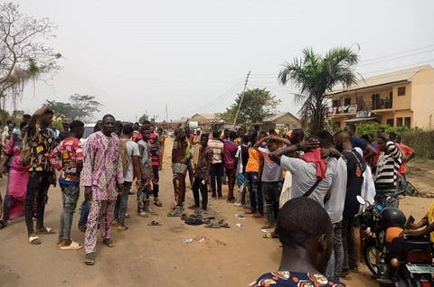 FOUR SECONDARY SCHOOL STUDENTS CRUSHED TO DEATH IN IBADAN.PHOTOS