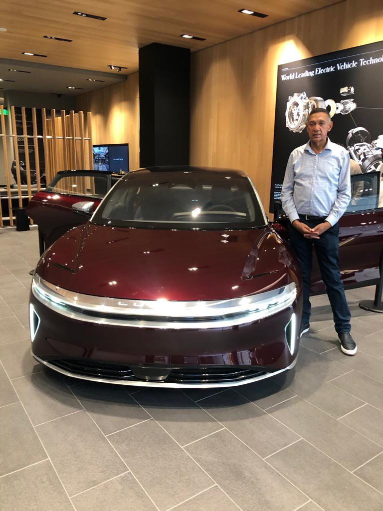 BEN MURRAY-BRUCE SHOWS OFF HIS NEW ELECTRIC CAR