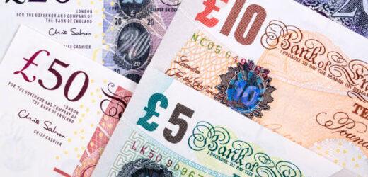 POLICE ARREST DRUG GANG AND SEIZE OVER £5MILLION CASH IN BRITAIN'S BIGGEST EVER MONEY LAUNDERING RAID (PHOTOS)