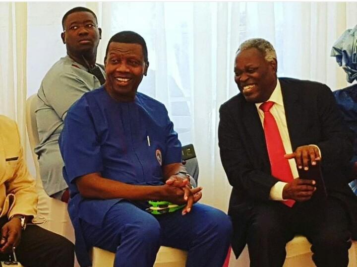 KUMUYI AND ADEBOYE BREAKS SILENCE ON FG'S BAN ON TWITTER IN NIGERIA