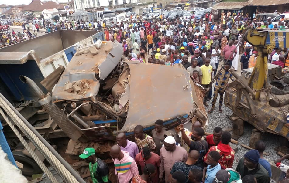 MOTHER, DAUGHTER, ONE OTHER CRUSHED TO DEATH AS TRUCK RAMS INTO BUILDING IN IJEBU-ODE. PHOTOS