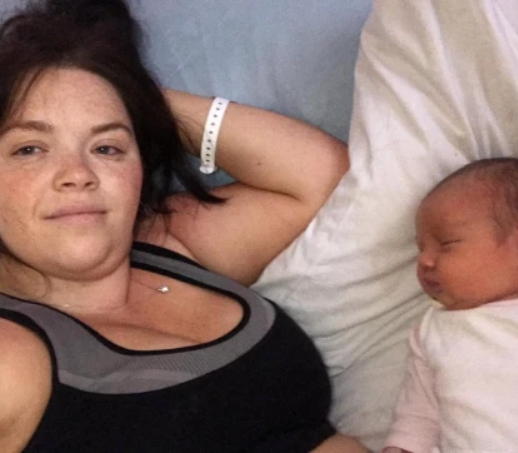 WOMAN FINDS OUT SHE'S PREGNANT JUST FOUR HOURS BEFORE SHE GIVES BIRTH