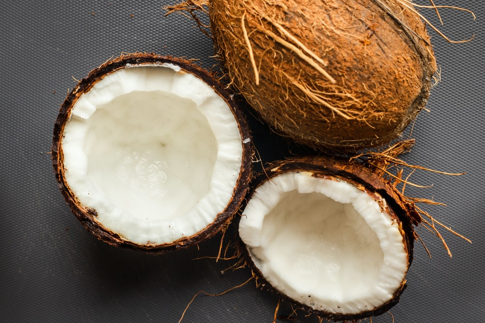 THE HEALTH BENEFITS OF COCONUT WATER ARE AMAZING
