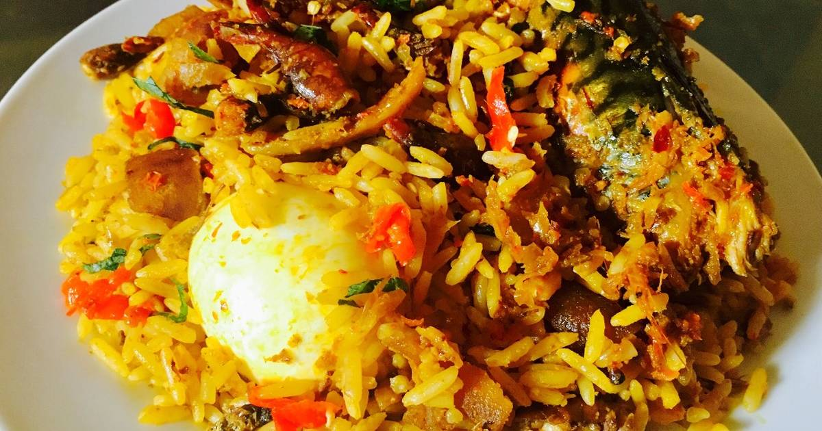 EVERYBODY SHOULD KNOW HOW TO MAKE THIS CONCOCTION RICE