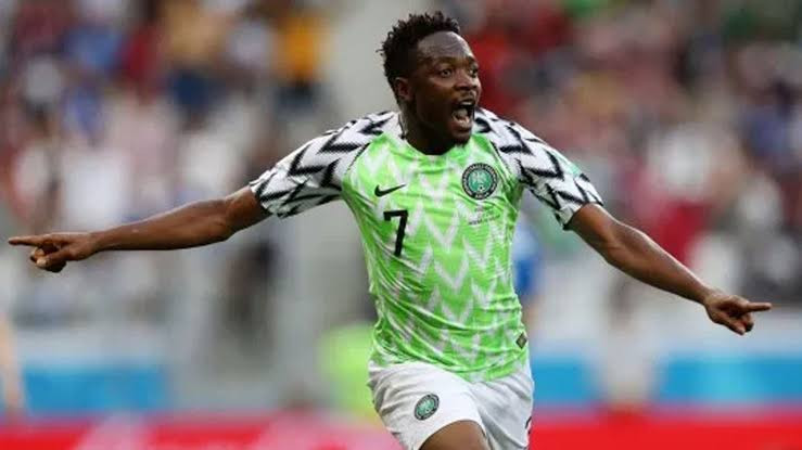 SUPER EAGLES CAPTAIN MUSA GIVES TEAMMATES FIVE MILLION NAIRA OUT OF 10M GIVEN TO HIM BY NFF FOR MAKING 100TH INTERNATIONAL CAP. PHOTOS